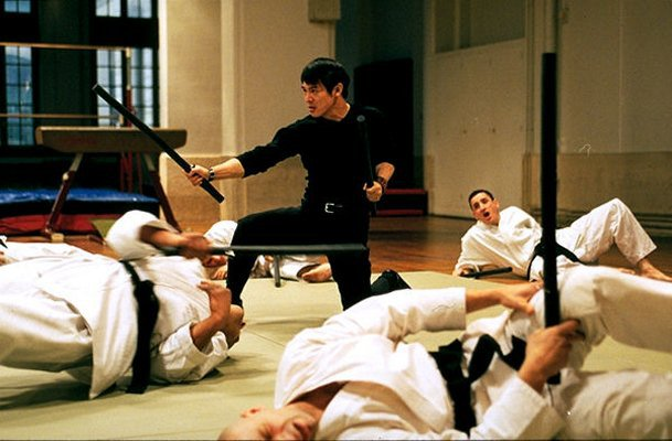 Jet Li vs Black Belts