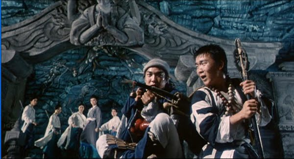 Yuen Biao and his team